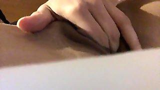 Hotwife fingering