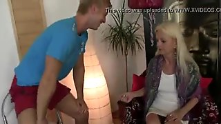 Old bitch jumps on big meat