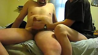 Wife gives hubby a quick handjob