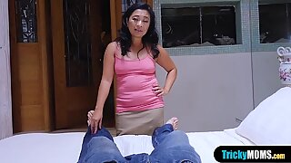 My asian mature stepmom helps to forget my girlfriend
