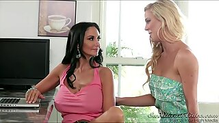 MILFs Ava and Cherie help each other out