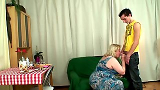 Wife sees huge mother in law rides his cock