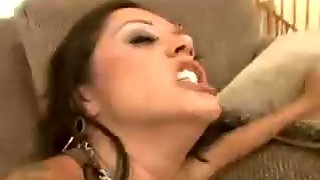 Amateur brunette wife on the couch gets a blowjob