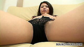 Spoiled milf Mami Isoyama is dildo voracious whore