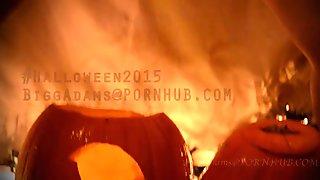 #Halloween2015 Pissin on Pumkins