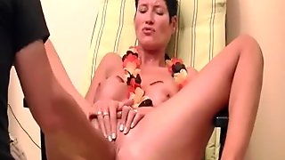 Horny brunette milf tries anal fisting