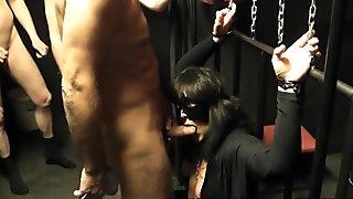 Slutwife Marion's kinky pee fetish escapades