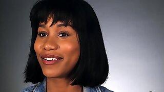 Ebony MILF babe Jenna Foxx shows us how women orgasm