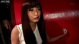 ممثلة واحدة تاتشيبانا هارومي هي مناسبة تايتاري في تقرير جنس محل شائعات تسلل